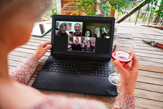 Online Weinprobe mit Freunden